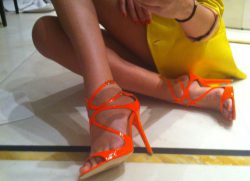 Jimmy Choo e Stella McCartney a tutto fluo!