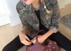 Look militare per donne grintose