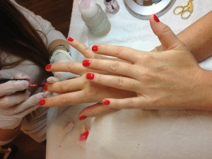An afternoon at the Nail Bar: polish and chat