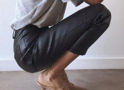 Pantaloni di pelle mania!