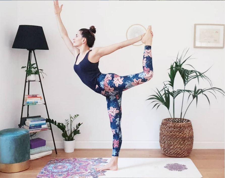 Francesca de luca yoga ripartire alla grande
